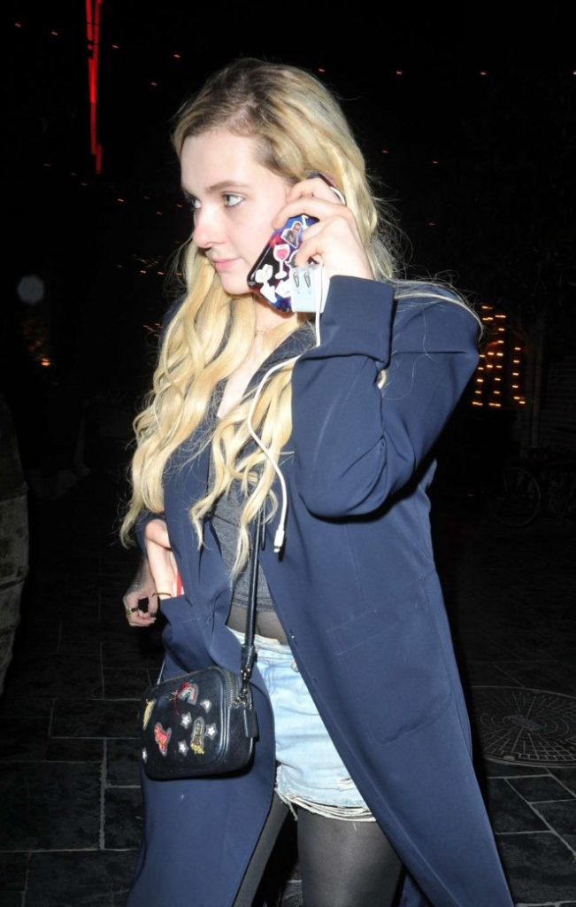 Abigail Breslin Haircut Images