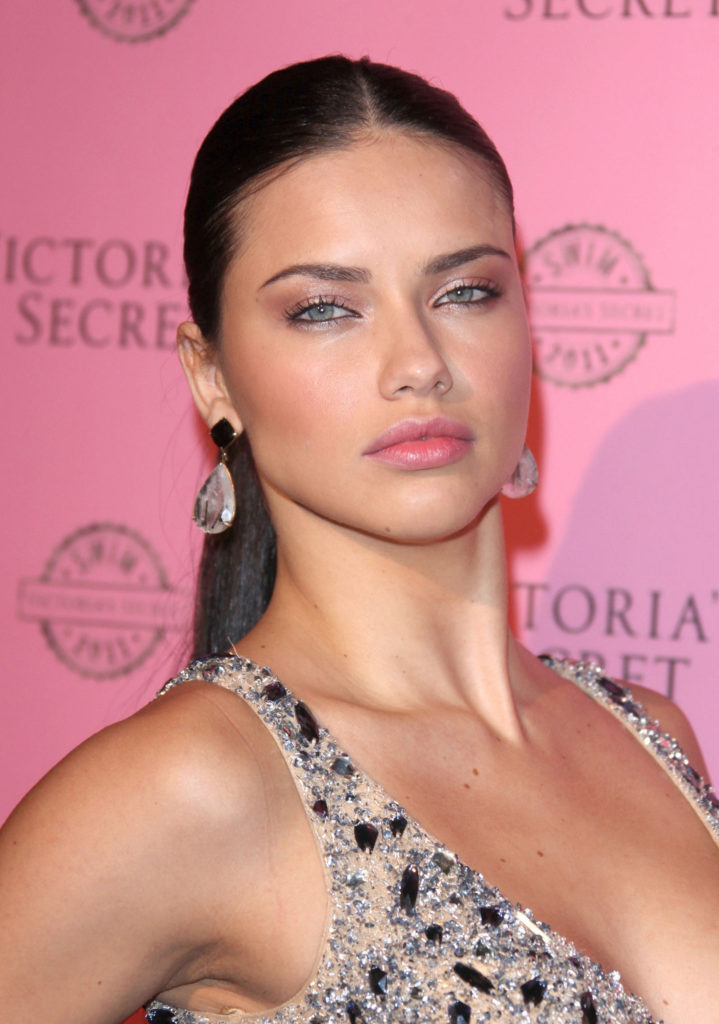 Adriana Lima Muscles Pictures