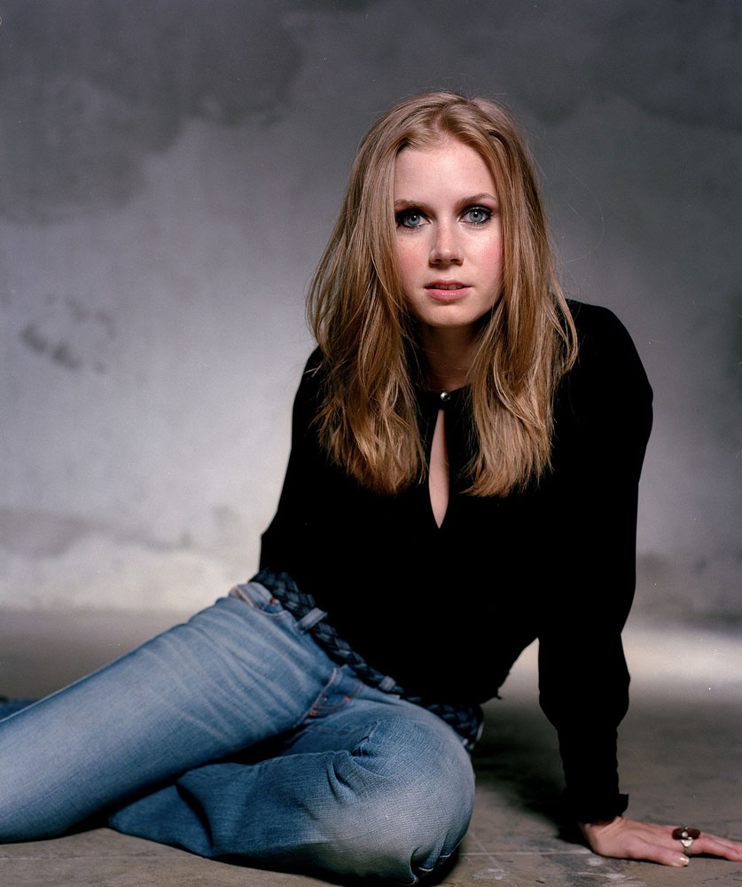 Amy Adams Jeans Wallpapers