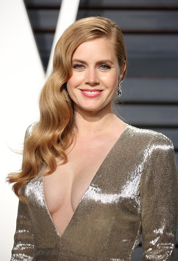 Amy Adams Without Bra Pics
