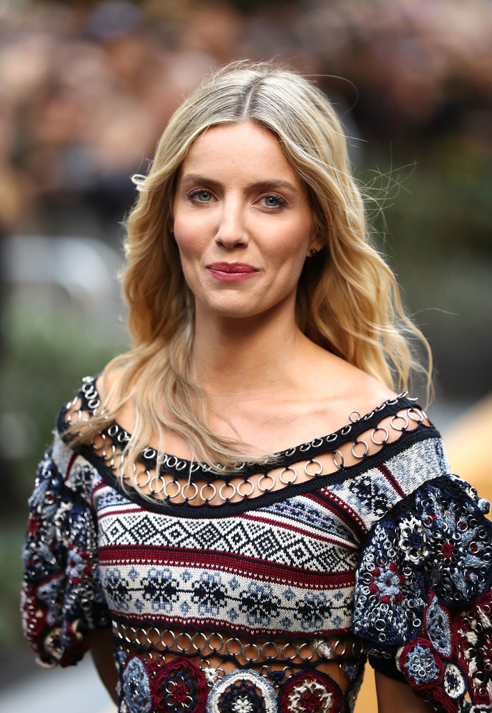 Annabelle Wallis Bold Images