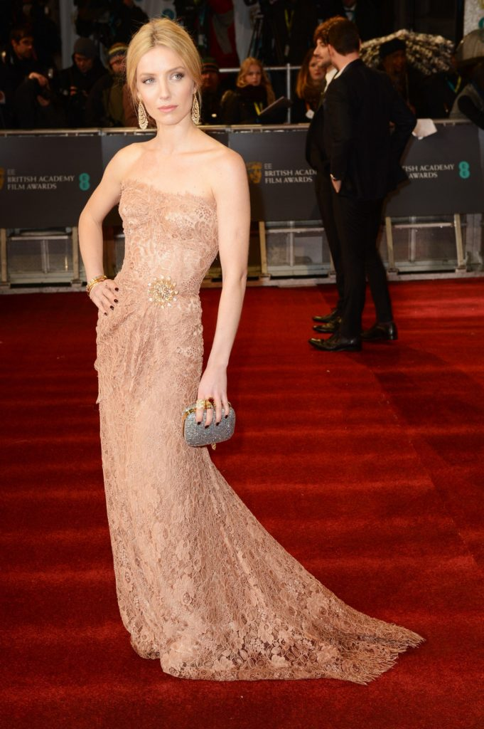 Annabelle Wallis In Gown Images