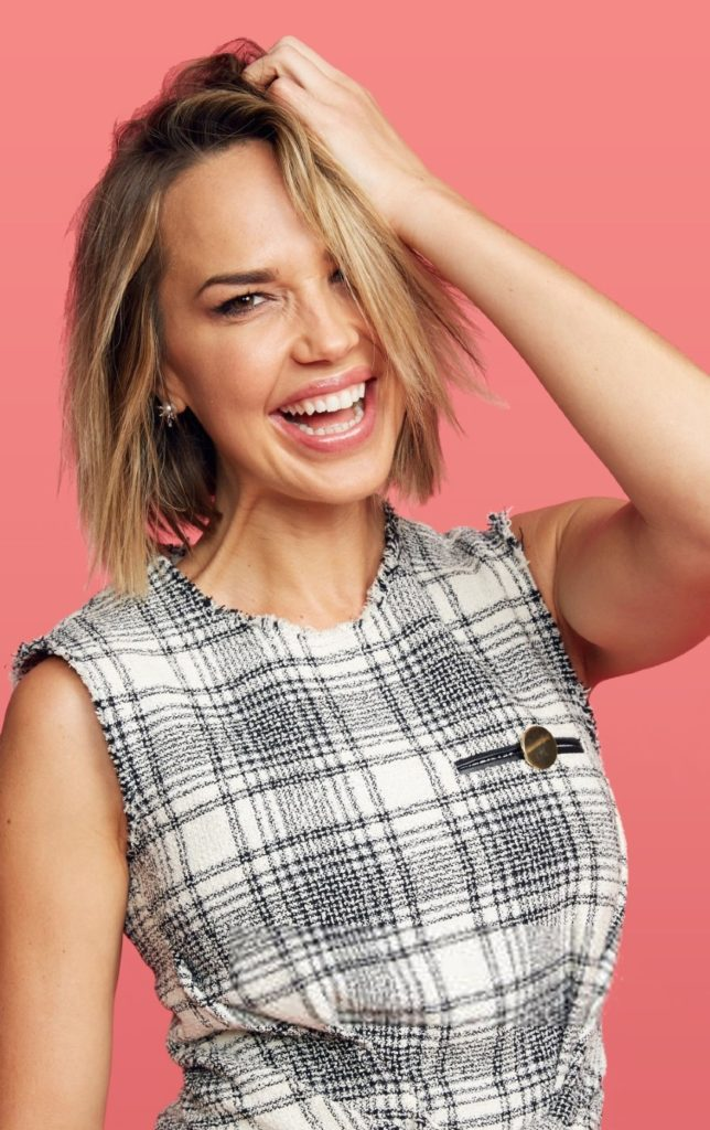 Arielle Kebbel Hair Style Pictures