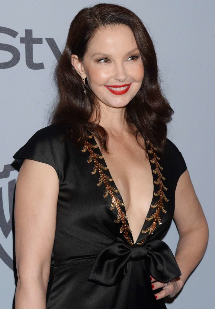 Ashley Judd Oops Moment Images