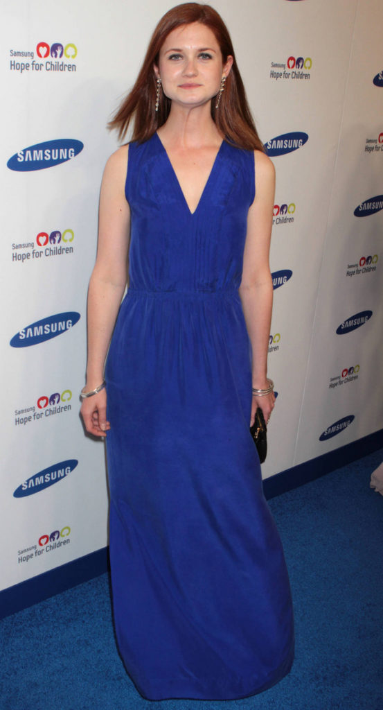 Bonnie Wright Boobs Images