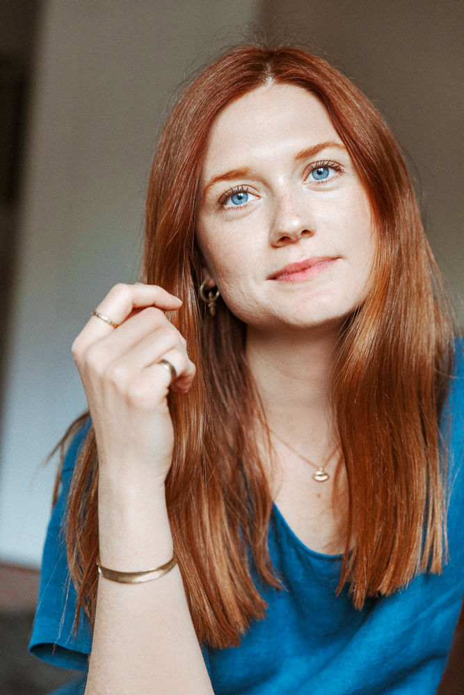 Bonnie Wright Hot Wallpapers