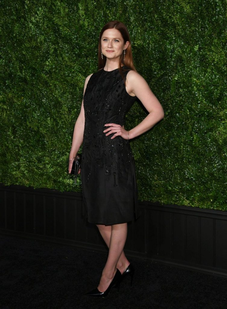 Bonnie Wright Sexy Images