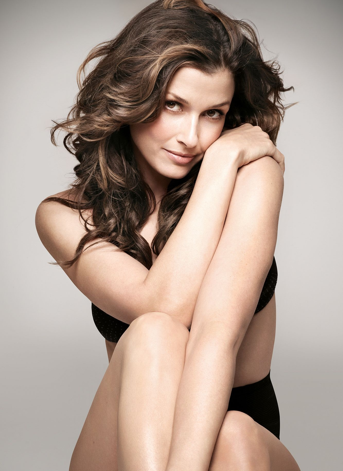Hot Bridget Moynahan Sexy Bikini Pictures Which Will Get You Sweating