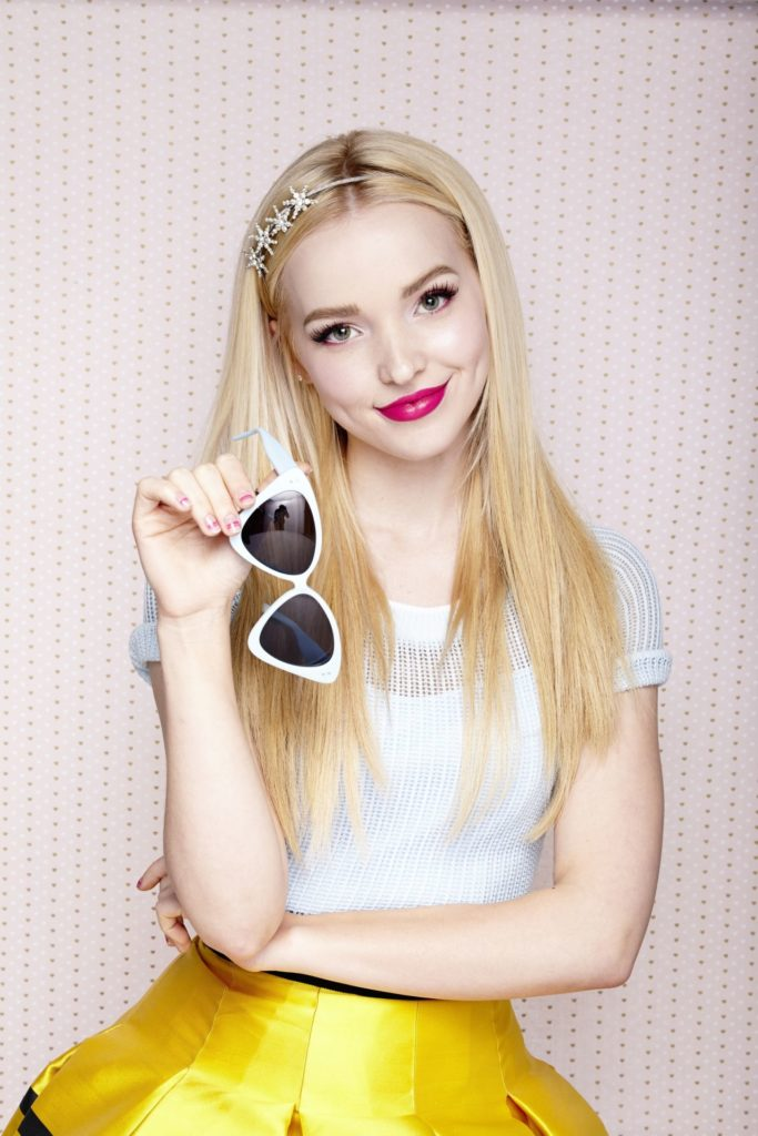 Dove Cameron Body Pictures