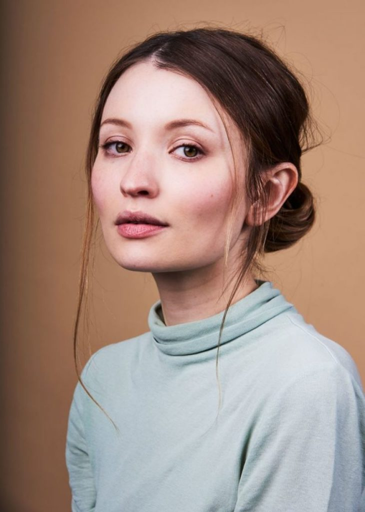 Emily Browning Hair Style Pics
