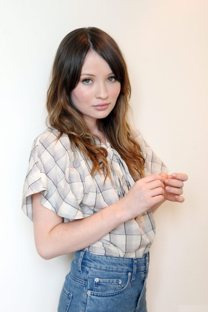 Emily Browning Jeans Images