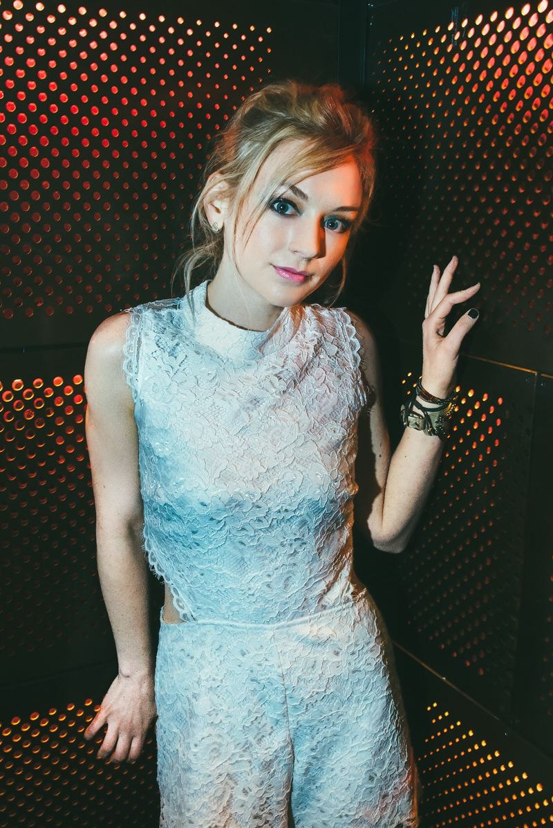 Emily Kinney Hot Bikini Pictures - Are Too Damn Sexiest
