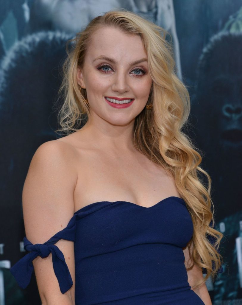 Evanna Lynch Braless Pics
