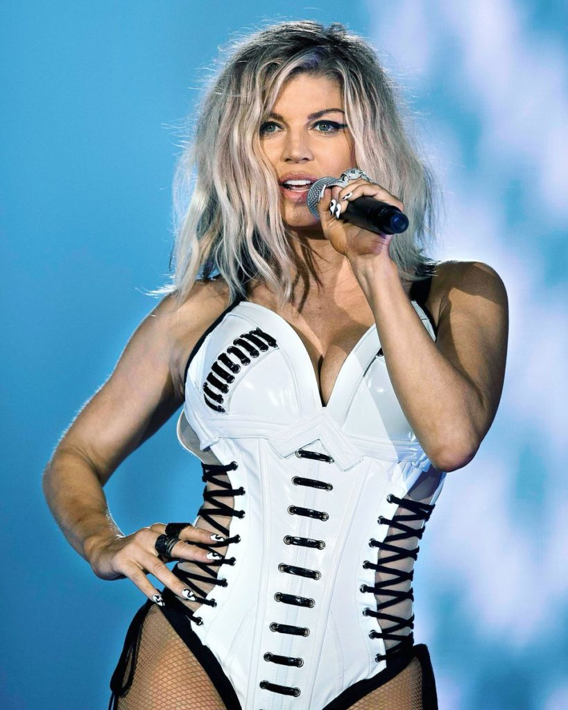 Fergie Hot Bikini Pictures - One Of The Sexiest American Singer