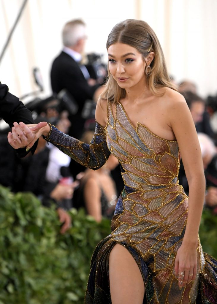 Gigi Hadid Working Out Wallpapers