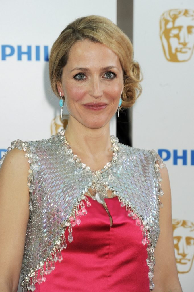 Gillian Anderson Cute Pictures