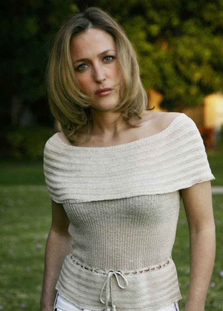 Gillian Anderson Hot Images