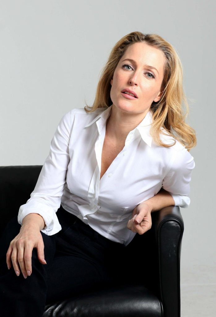 Gillian Anderson Workout Images