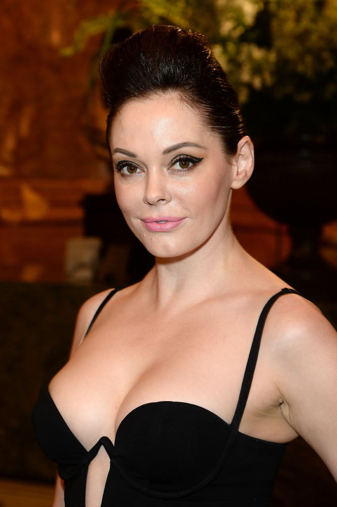 Rose McGowan Muscles Pics