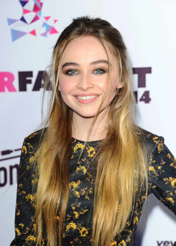 Sabrina Carpenter Cute Pics