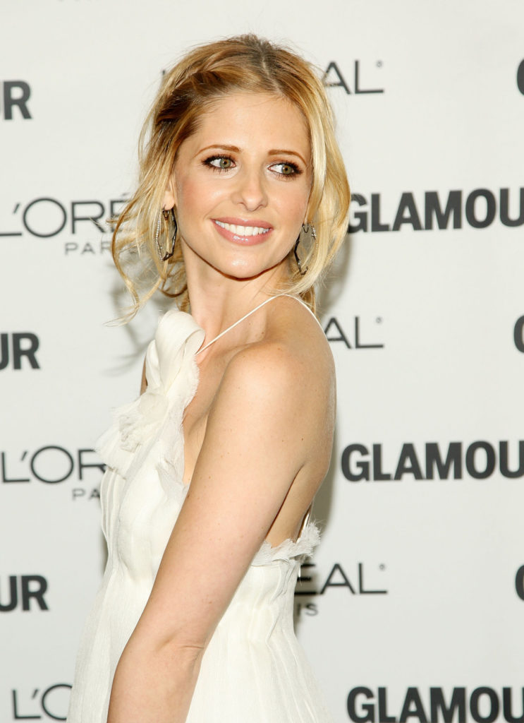 Sarah Michelle Gellar Braless Images