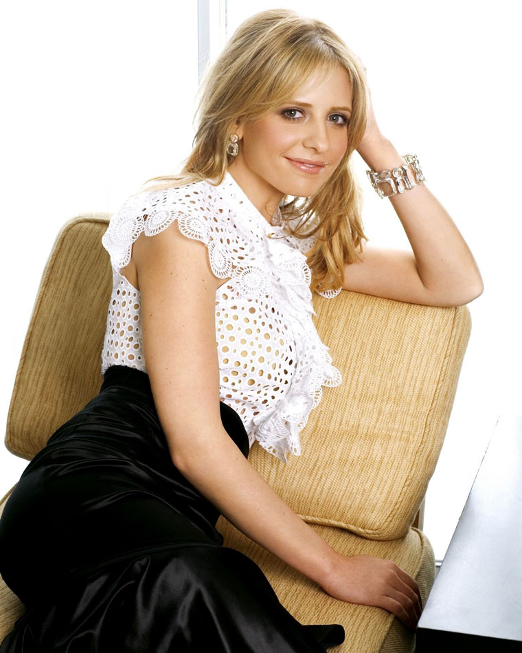Sarah Michelle Gellar Smile Face Photos