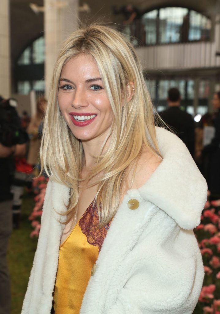 Sienna Miller Oops Moment Pics