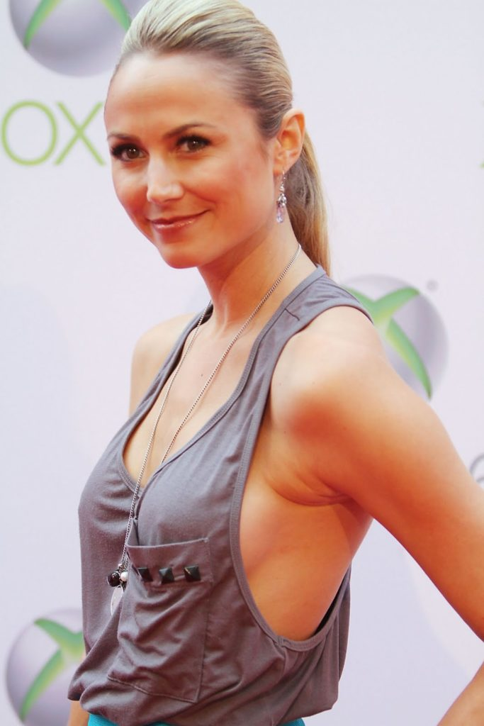 Stacy Keibler In Gown Pics