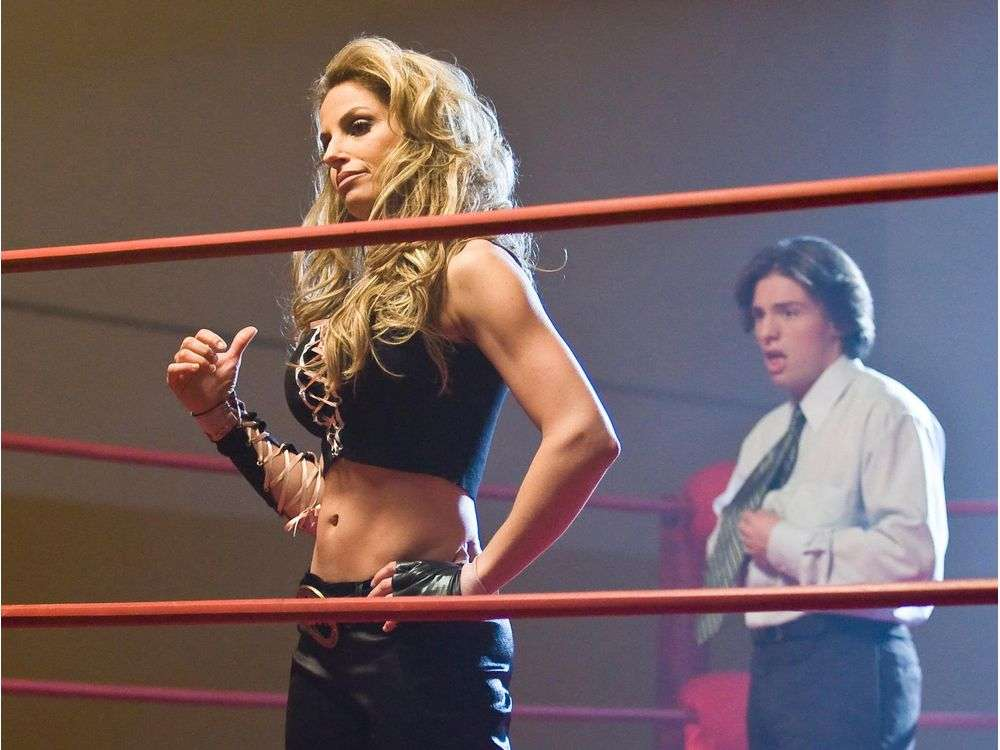 Trish Stratus Topless Pictures