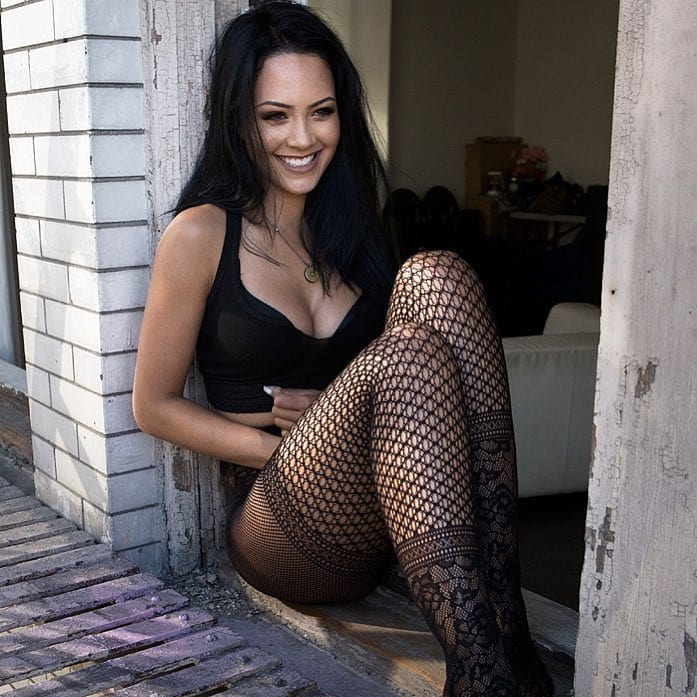 Tristin Mays Topless Pictures