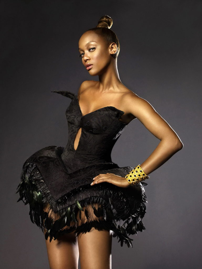 Tyra Banks Beach Pictures