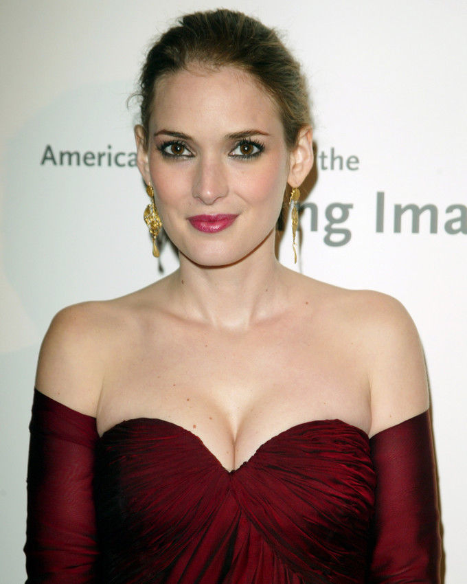 Winona Ryder Boobs Photos