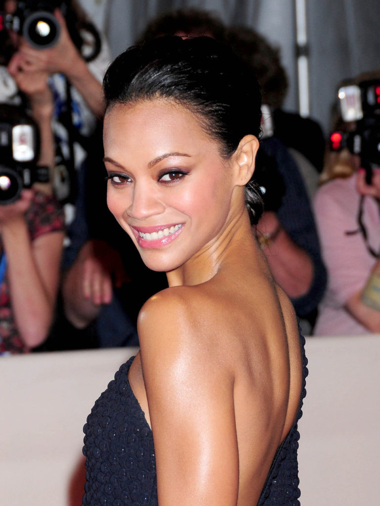 Zoe Saldana Lingerie Wallpapers