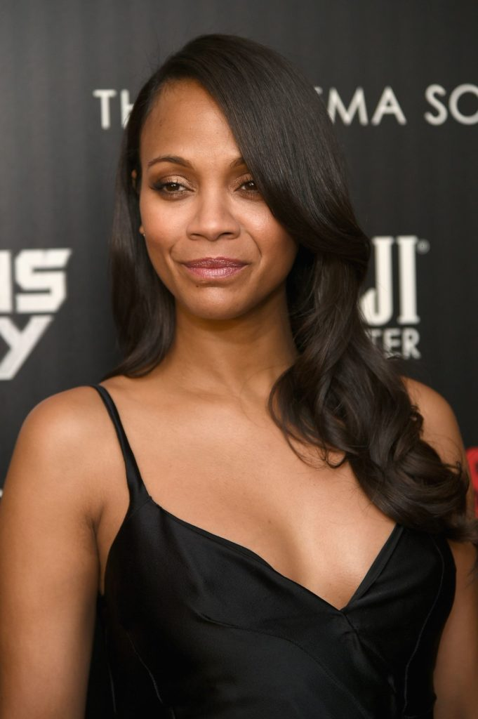 Zoe Saldana Smileing Photos