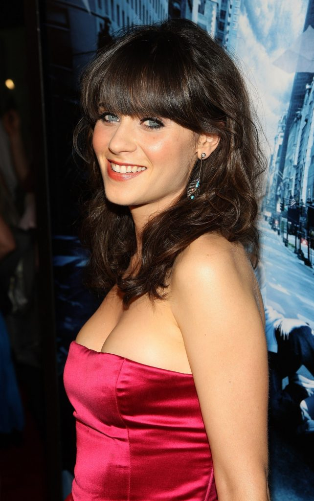 Zooey Deschanel Muscles Pics