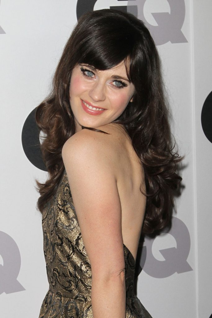 Zooey Deschanel Smileing Photos
