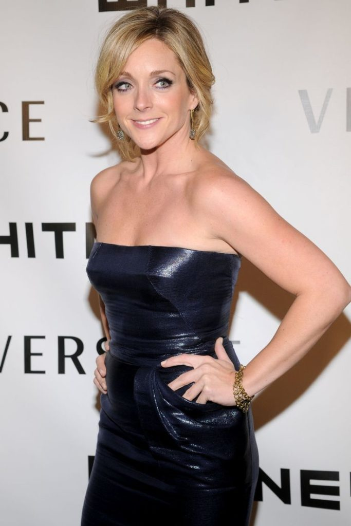 Jane Krakowski Boobs Pics