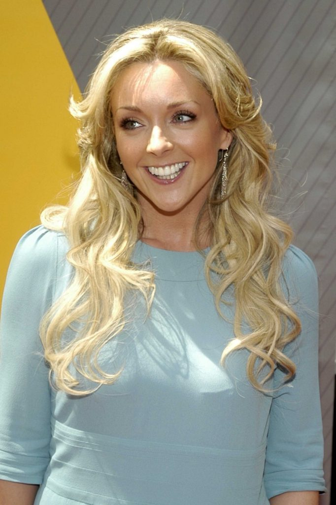 Jane Krakowski Long Hair Pictures