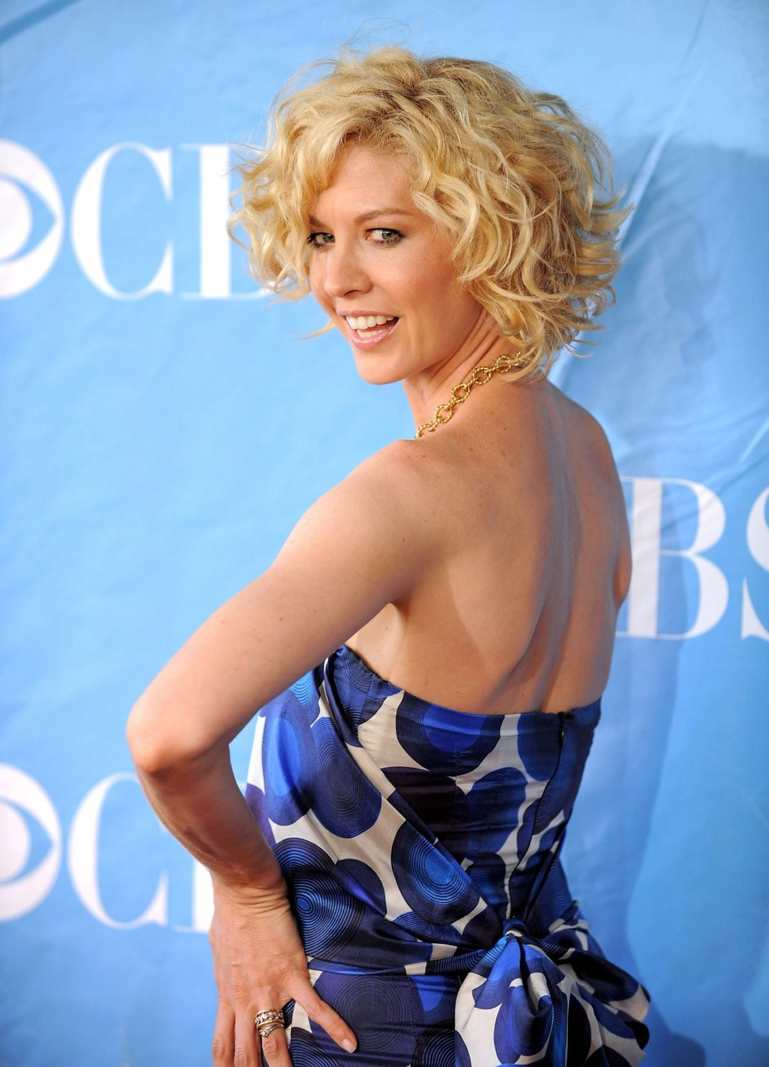 Jenna Elfman Shares Her Passion For Dance Through the