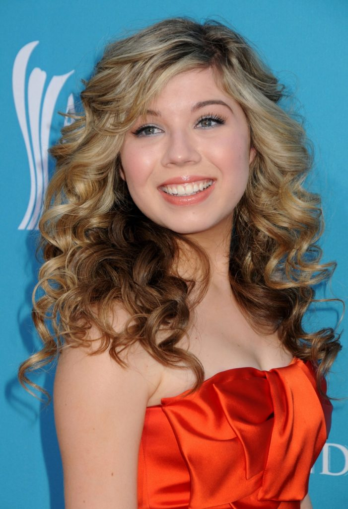 Jennette McCurdy Boobs Wallpapers