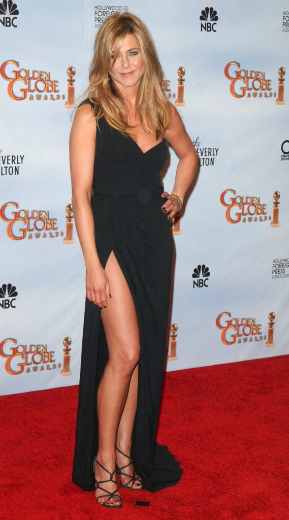Jennifer Aniston Thighs Pictures