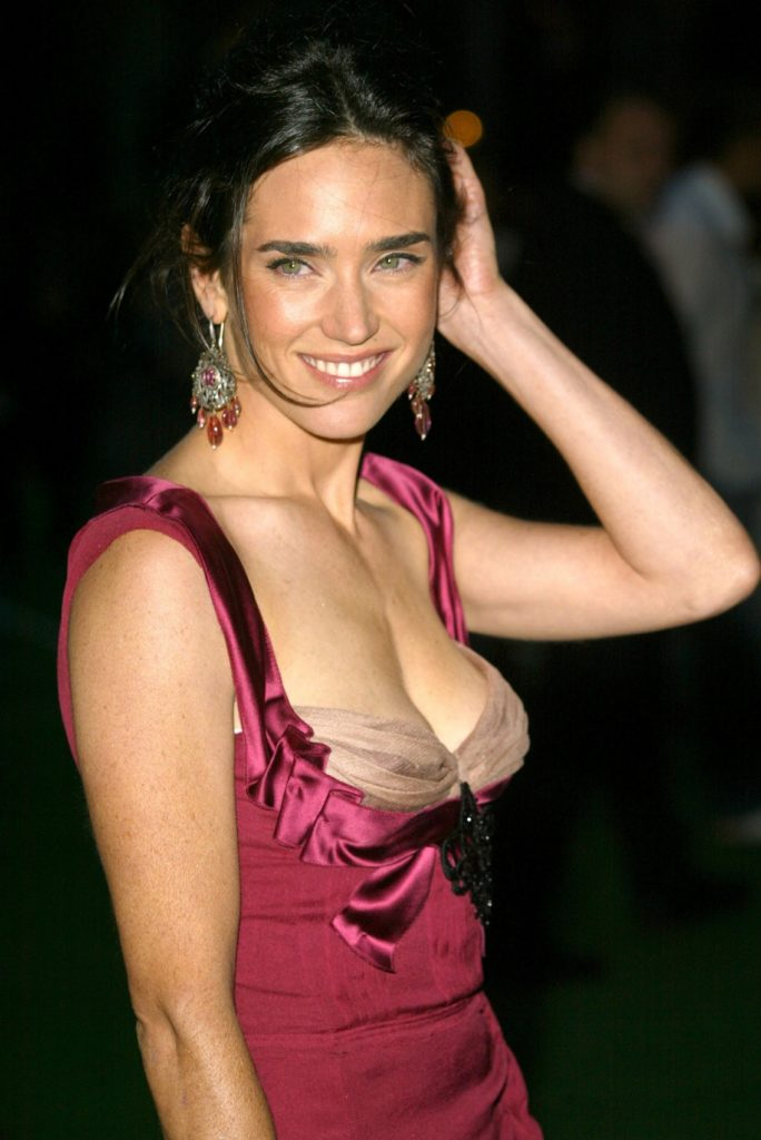Jennifer Connelly Topless Pics