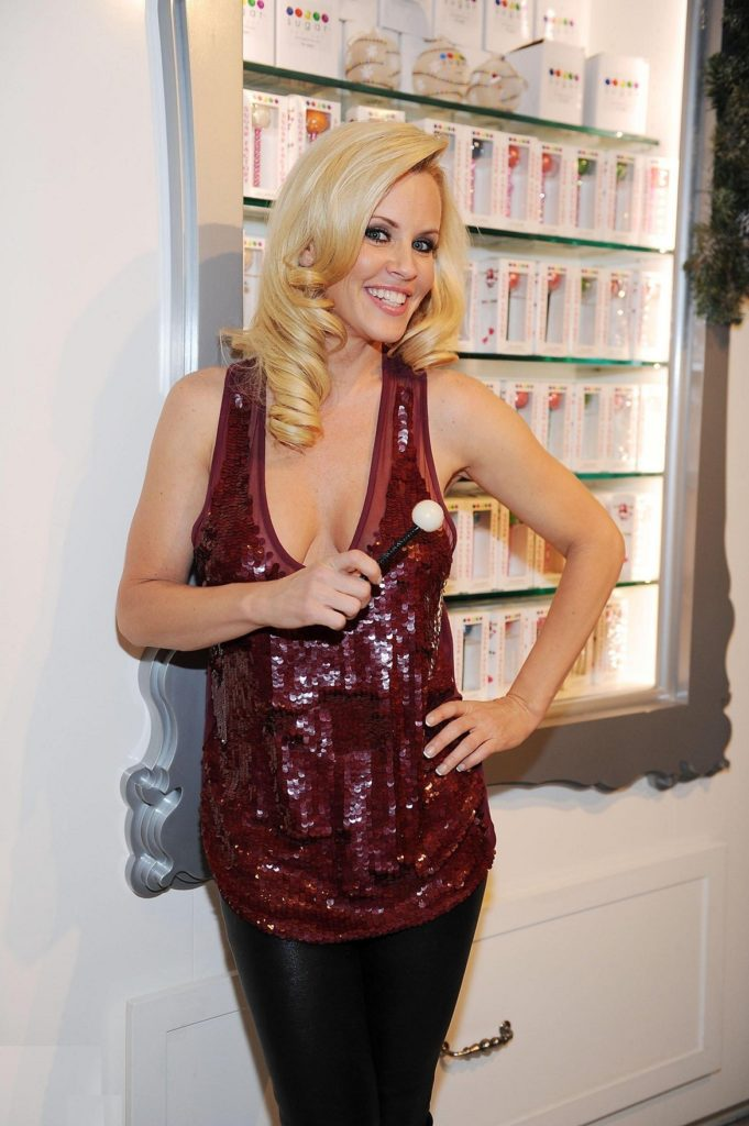 Jenny McCarthy Leggings Wallpapers