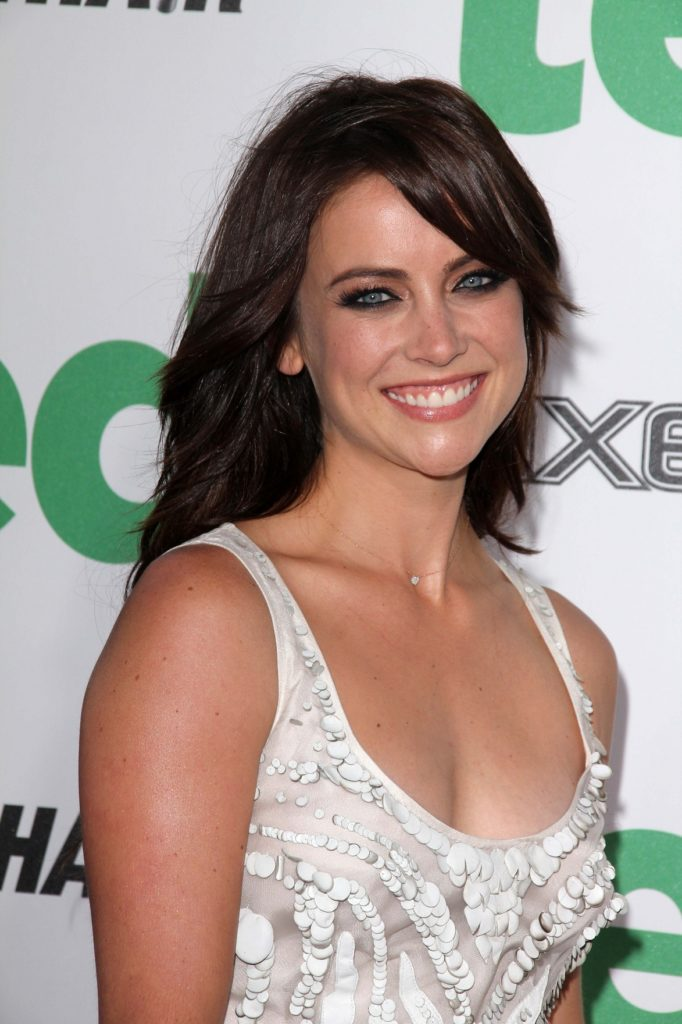 Jessica Stroup Boobs Pictures