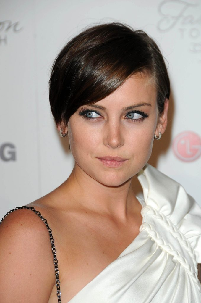 Jessica Stroup Makeup Images