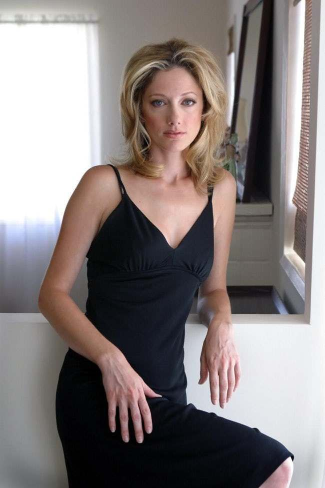 Judy Greer Beach Pictures