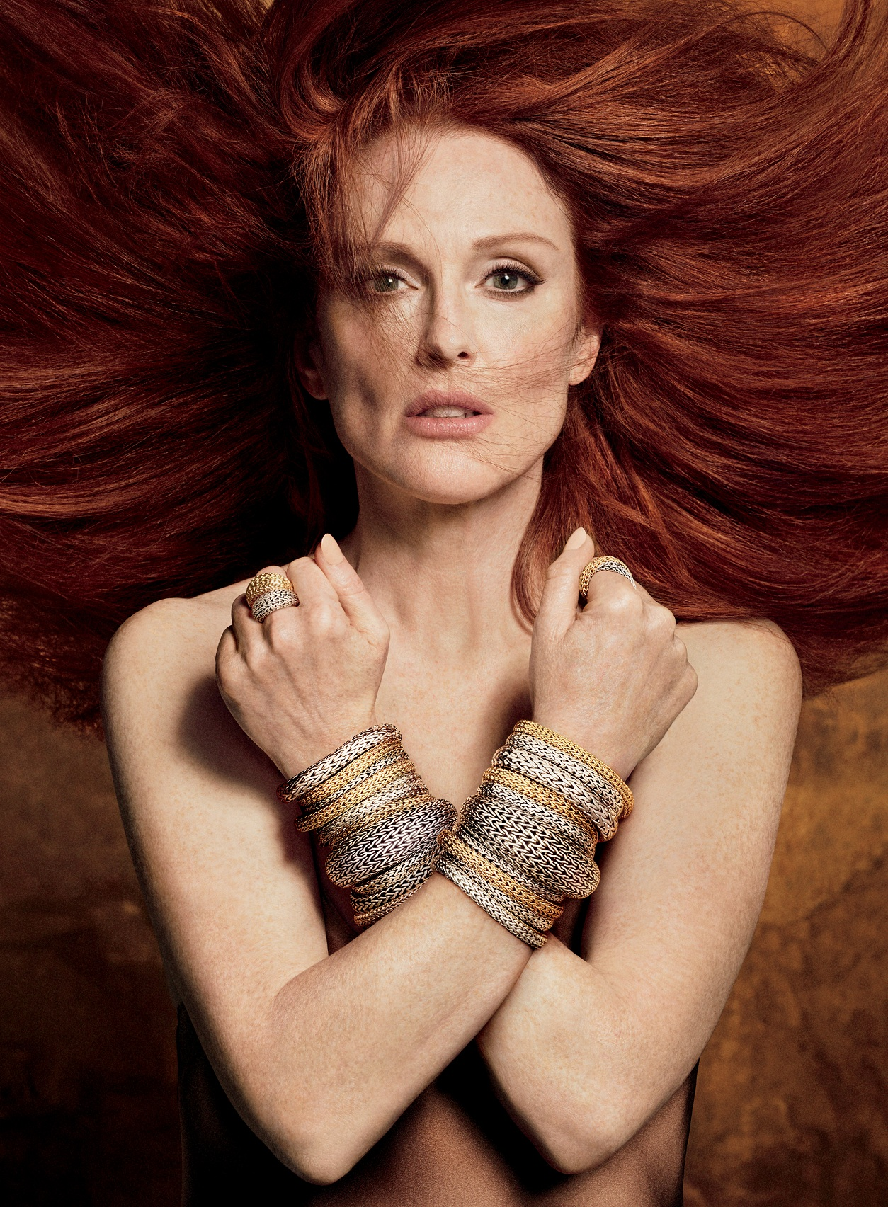 Julianne Moore Hot Pictures Are Here Bring Back The Joy In ...