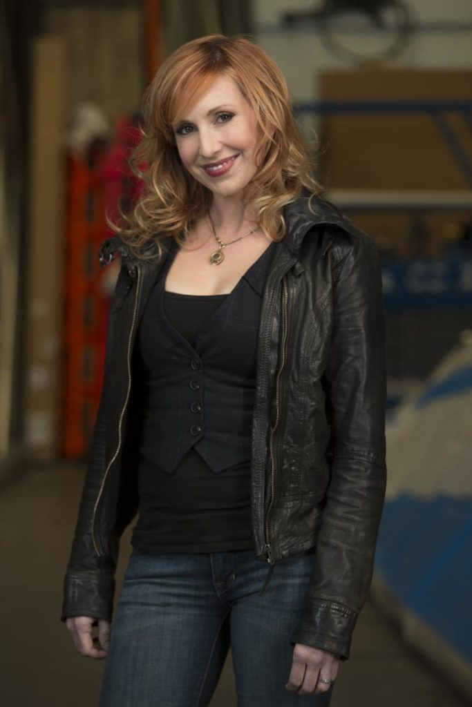 Kari Byron Jeans Pictures