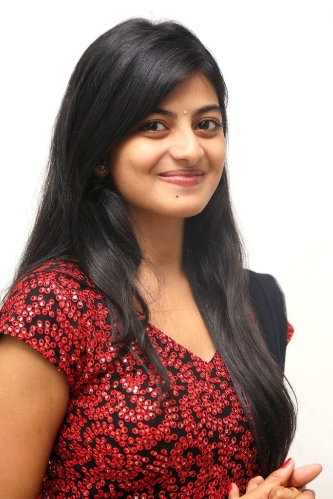 Anandhi Sexy Pictures