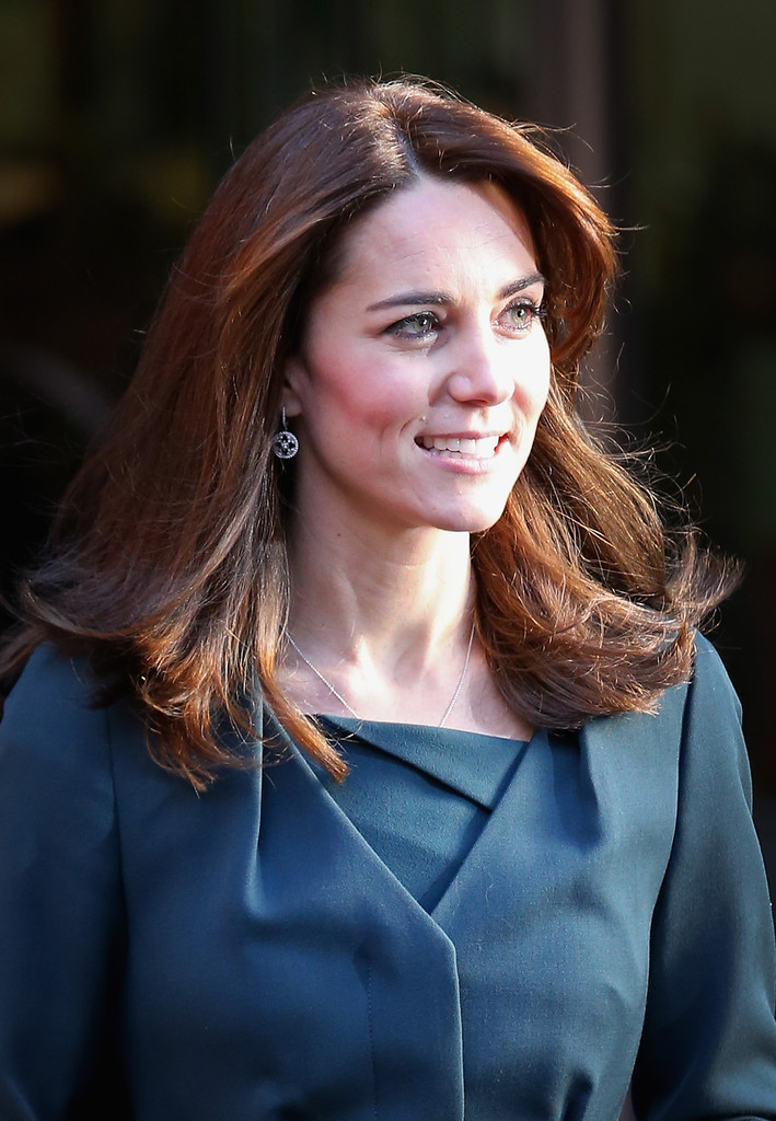 Kate Middleton Cleavage Wallpapers